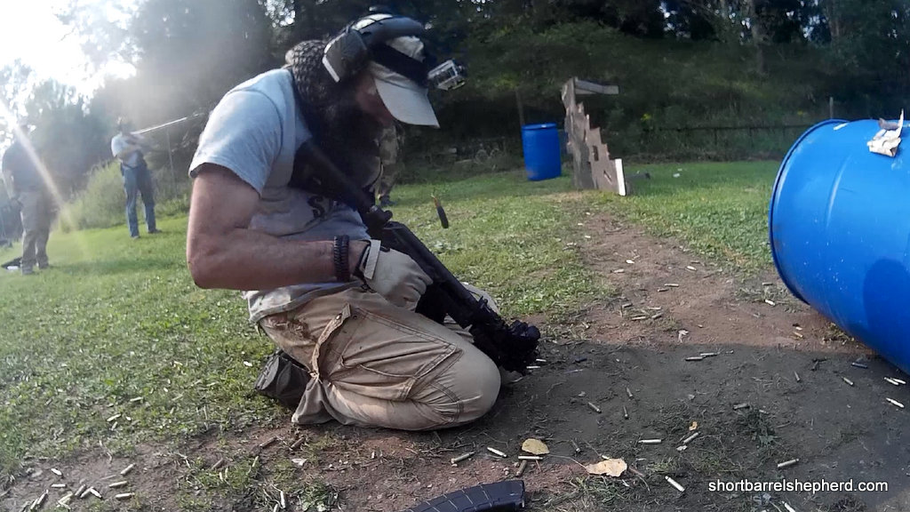 one handed rifle reload