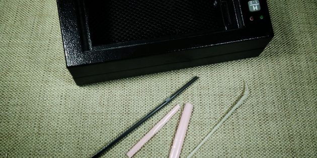 How To Open a Homak Gun Safe With a Drinking Straw